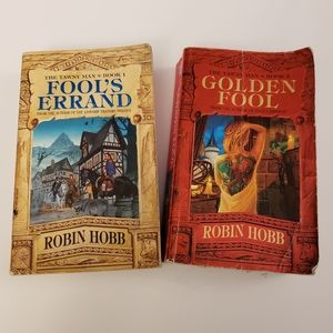 Robin Hobb 2 book bundle